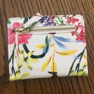 Handbags - Small wallet NWOT